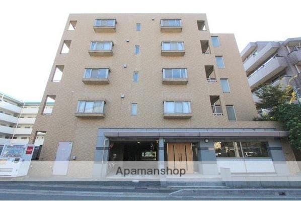 千葉県浦安市、新浦安駅徒歩22分の築15年 5階建の賃貸マンション
