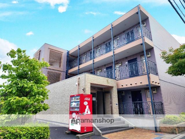 千葉県浦安市、新浦安駅徒歩7分の築10年 3階建の賃貸マンション
