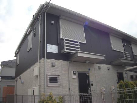 千葉県市川市、南行徳駅徒歩17分の築4年 2階建の賃貸テラスハウス