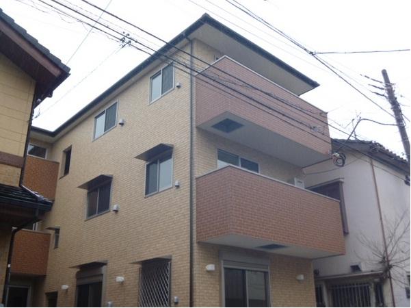 千葉県市川市、妙典駅徒歩12分の築3年 3階建の賃貸アパート