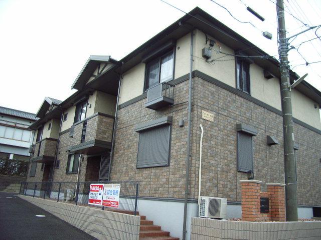千葉県君津市、君津駅バス15分杢師下車後徒歩3分の築13年 2階建の賃貸アパート