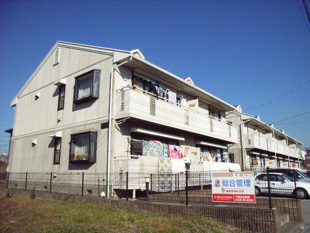 千葉県富津市、青堀駅徒歩3分の築23年 2階建の賃貸アパート