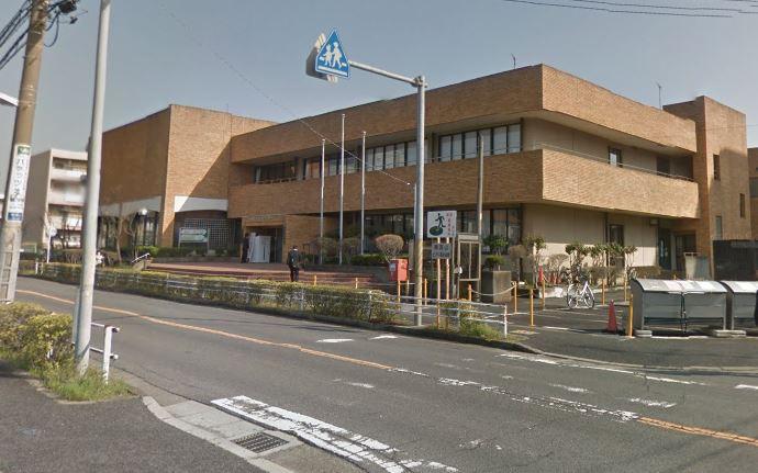 流山市立中央図書館 南流山分館 94m