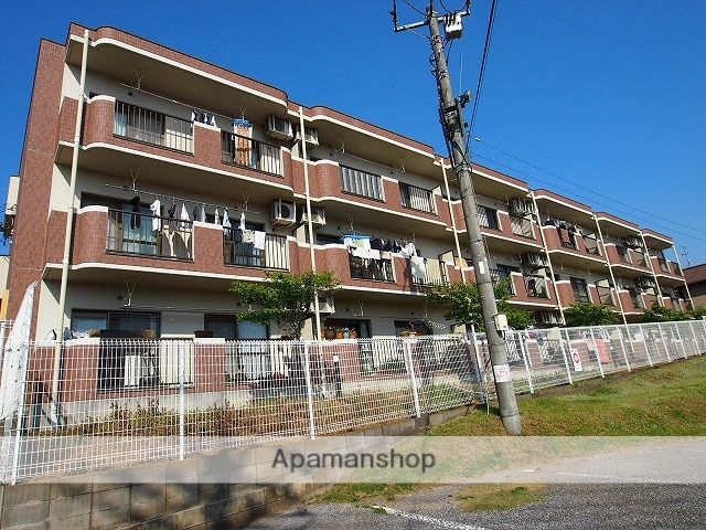千葉県富里市、成田駅バス33分ユアエルム7Aスクエア下車後徒歩15分の築15年 3階建の賃貸マンション