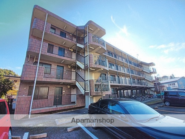 千葉県成田市、成田駅徒歩13分の築17年 4階建の賃貸マンション