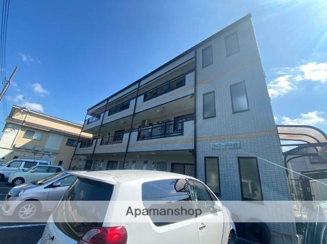 千葉県成田市、成田駅徒歩16分の築21年 3階建の賃貸マンション