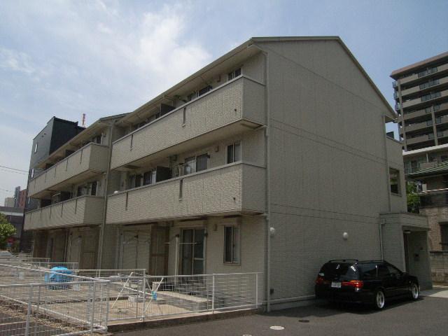 千葉県千葉市中央区、千葉駅徒歩11分の築10年 3階建の賃貸アパート