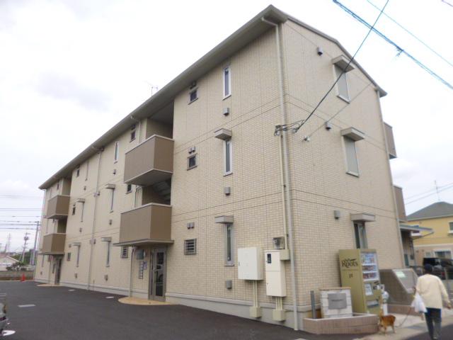 千葉県千葉市花見川区、幕張駅徒歩11分の築3年 3階建の賃貸アパート