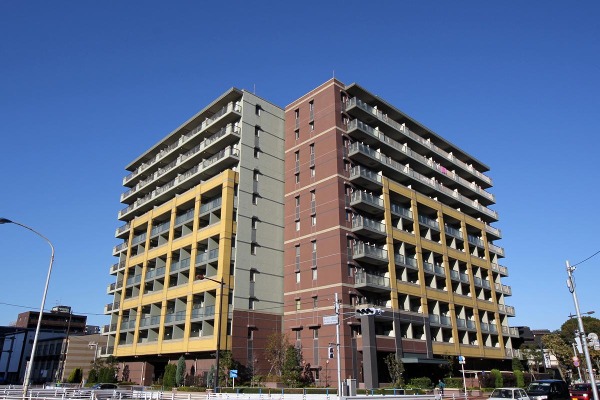 千葉県千葉市中央区、千葉駅徒歩18分の築9年 11階建の賃貸マンション
