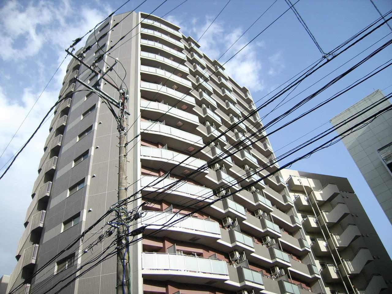 千葉県千葉市中央区、千葉駅徒歩13分の築9年 15階建の賃貸マンション