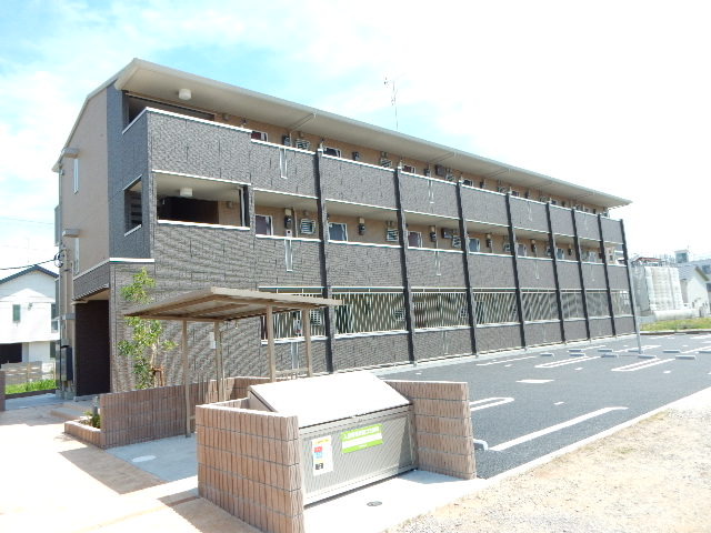 千葉県千葉市花見川区、幕張駅徒歩8分の築1年 3階建の賃貸アパート