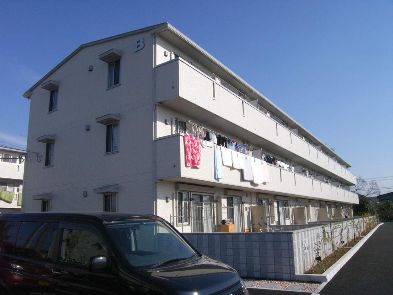 千葉県千葉市稲毛区、四街道駅徒歩20分の築8年 3階建の賃貸アパート