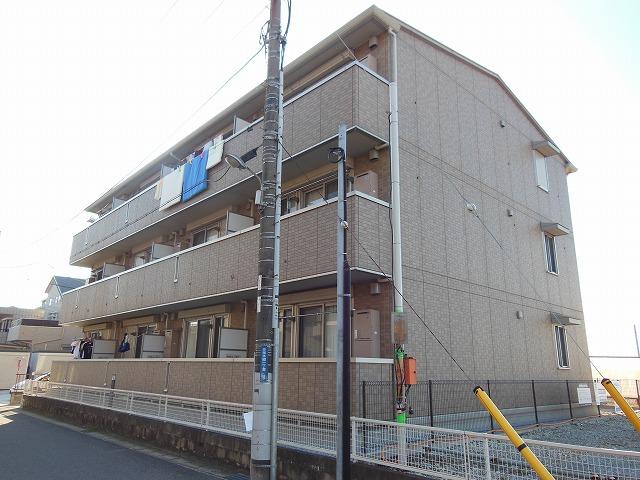 千葉県千葉市花見川区、幕張本郷駅徒歩6分の築8年 3階建の賃貸アパート