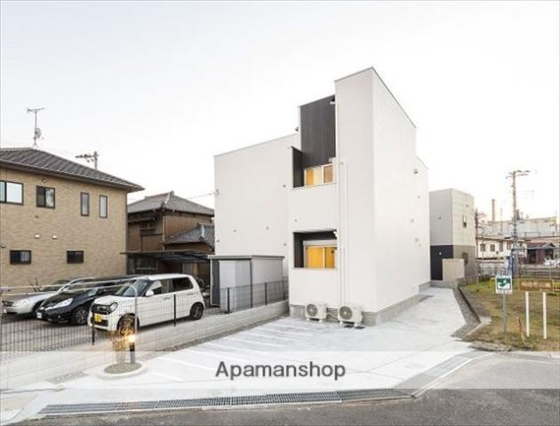千葉県千葉市中央区、本千葉駅徒歩17分の築1年 2階建の賃貸アパート