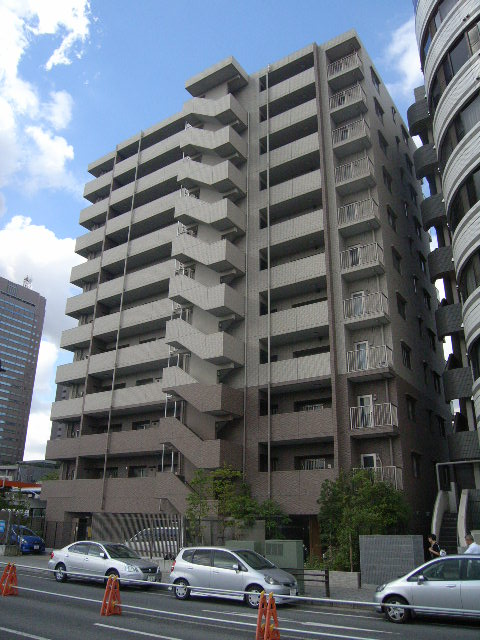 千葉県千葉市中央区、千葉駅徒歩14分の築9年 11階建の賃貸マンション