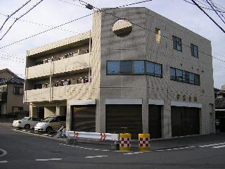 千葉県千葉市中央区、本千葉駅徒歩7分の築16年 3階建の賃貸マンション
