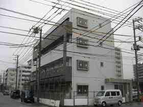 千葉県千葉市中央区、本千葉駅徒歩27分の築8年 4階建の賃貸マンション