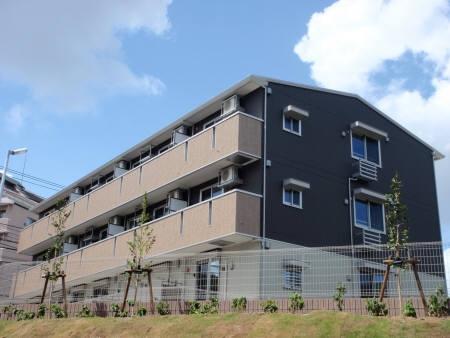 千葉県千葉市中央区、蘇我駅徒歩18分の築5年 3階建の賃貸アパート