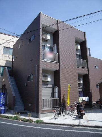千葉県千葉市中央区、千葉駅徒歩15分の築7年 2階建の賃貸アパート