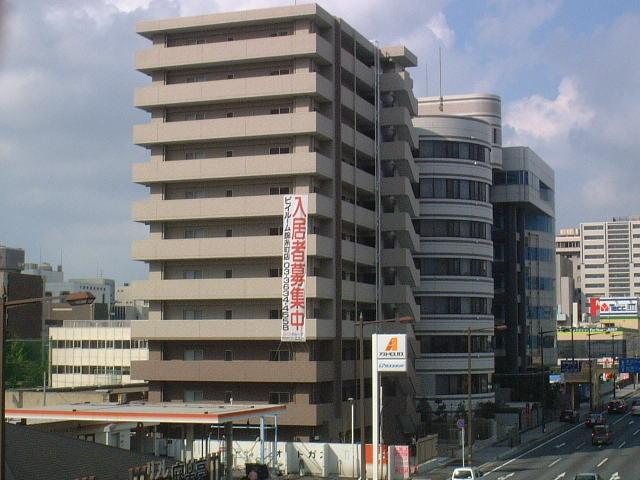千葉県千葉市中央区、千葉駅徒歩14分の築10年 11階建の賃貸マンション