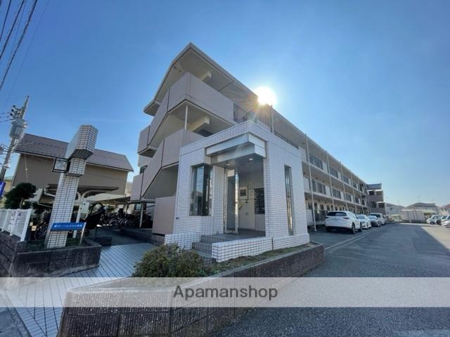 千葉県柏市、江戸川台駅徒歩15分の築23年 3階建の賃貸マンション