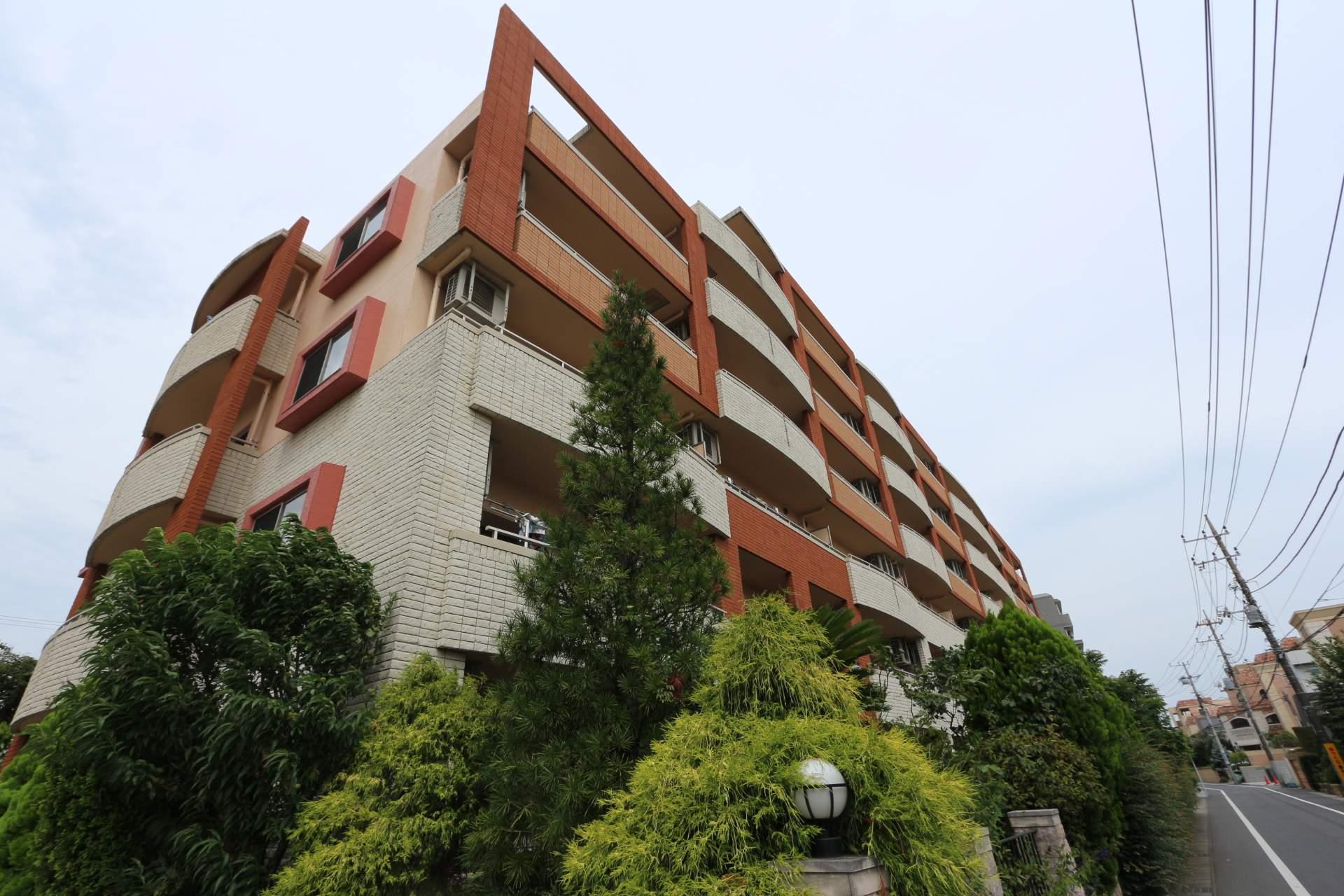千葉県松戸市、みのり台駅徒歩9分の築15年 6階建の賃貸マンション