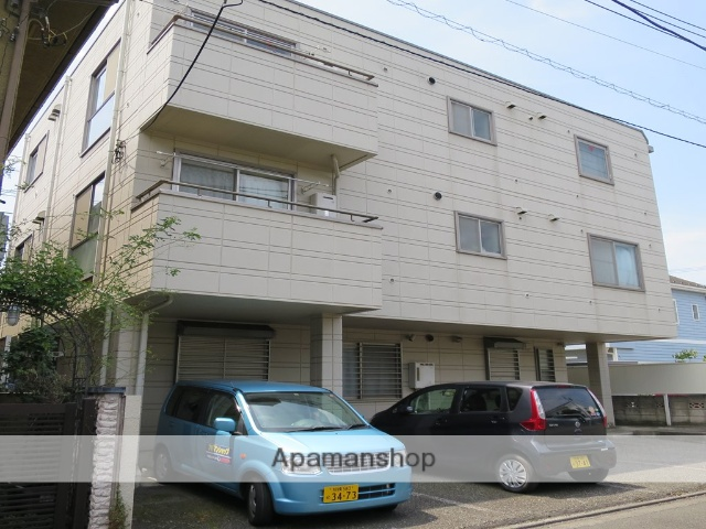 神奈川県相模原市南区、相模大野駅徒歩12分の築25年 3階建の賃貸マンション