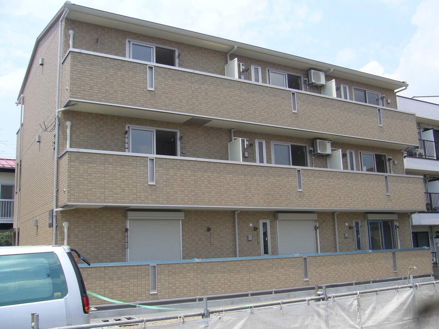 神奈川県相模原市南区、相模大野駅徒歩19分の築9年 3階建の賃貸アパート
