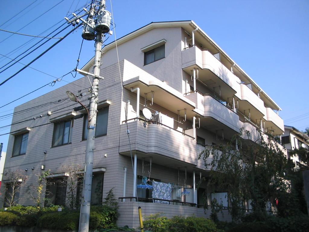 東京都町田市、古淵駅徒歩10分の築26年 4階建の賃貸マンション