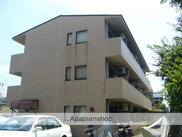 東京都町田市、町田駅バス15分給水塔前下車後徒歩2分の築26年 3階建の賃貸マンション