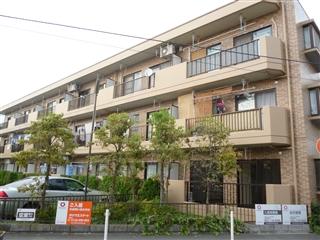 神奈川県相模原市南区、古淵駅徒歩30分の築23年 3階建の賃貸マンション