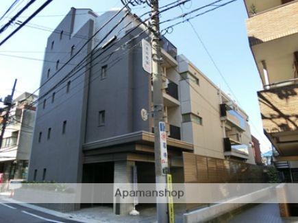 東京都目黒区、中目黒駅徒歩2分の築2年 5階建の賃貸マンション