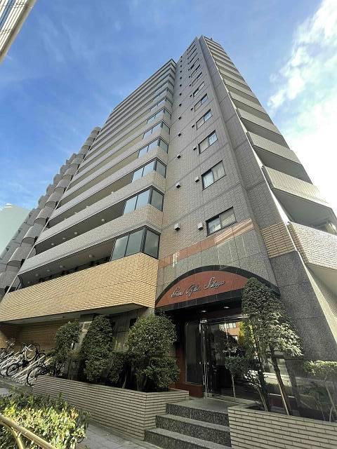 東京都目黒区、渋谷駅徒歩14分の築15年 14階建の賃貸マンション