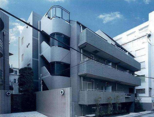 東京都渋谷区、渋谷駅徒歩8分の築13年 5階建の賃貸マンション