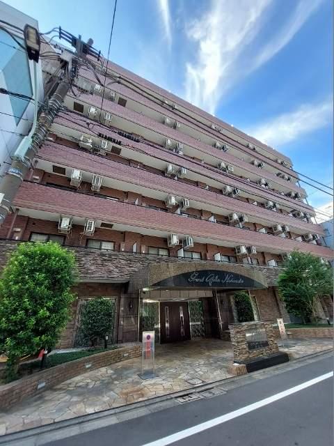 東京都港区、表参道駅徒歩16分の築13年 15階建の賃貸マンション