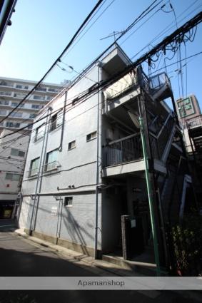 東京都葛飾区、新小岩駅徒歩4分の築33年 3階建の賃貸マンション