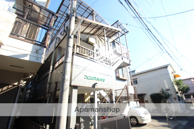東京都葛飾区、平井駅徒歩24分の築18年 3階建の賃貸マンション