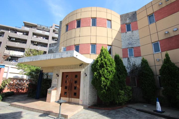 東京都葛飾区、小岩駅徒歩13分の築15年 3階建の賃貸マンション