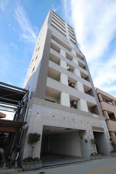 東京都江戸川区、平井駅徒歩13分の築8年 13階建の賃貸マンション