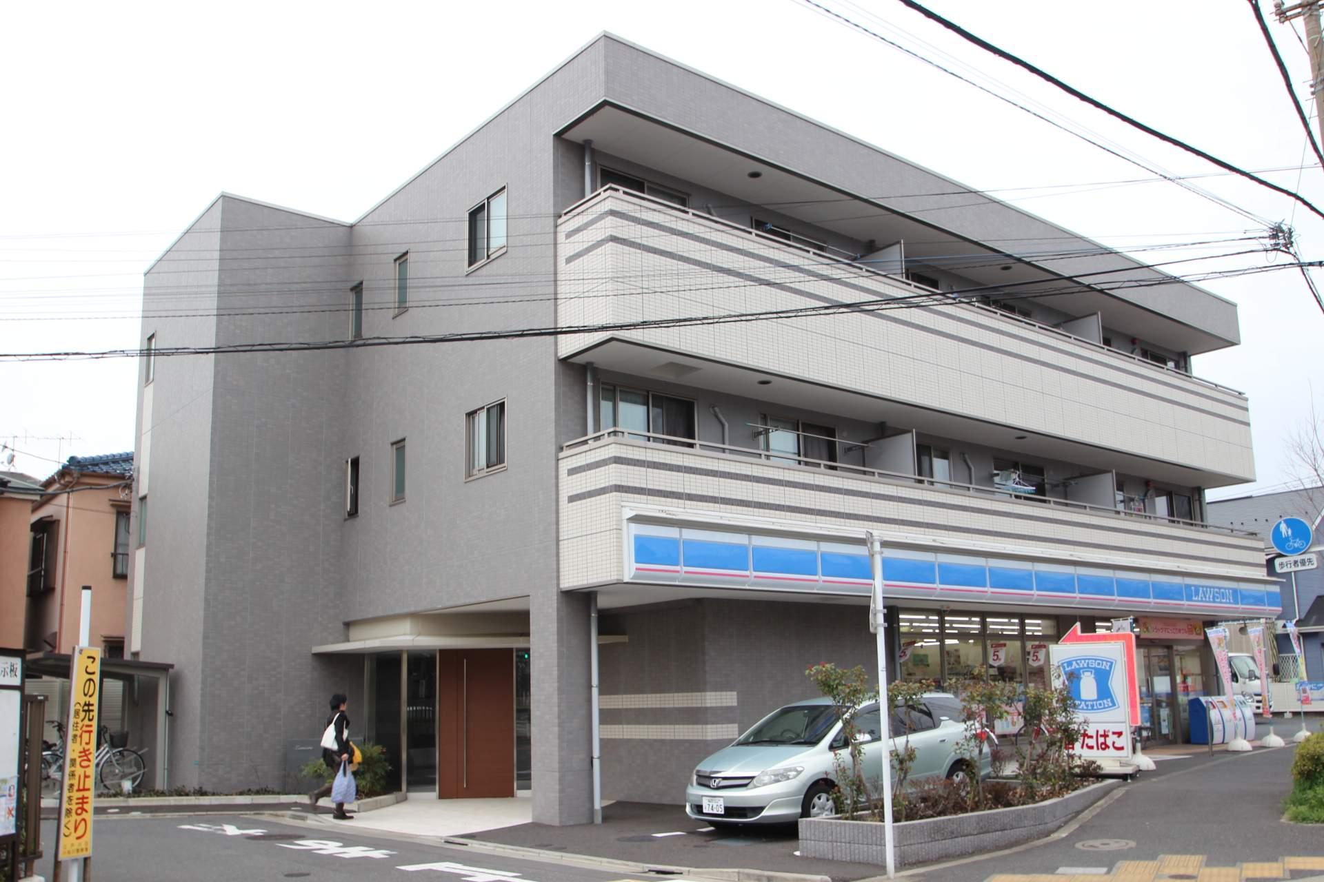 東京都江戸川区、平井駅徒歩43分の築3年 3階建の賃貸アパート