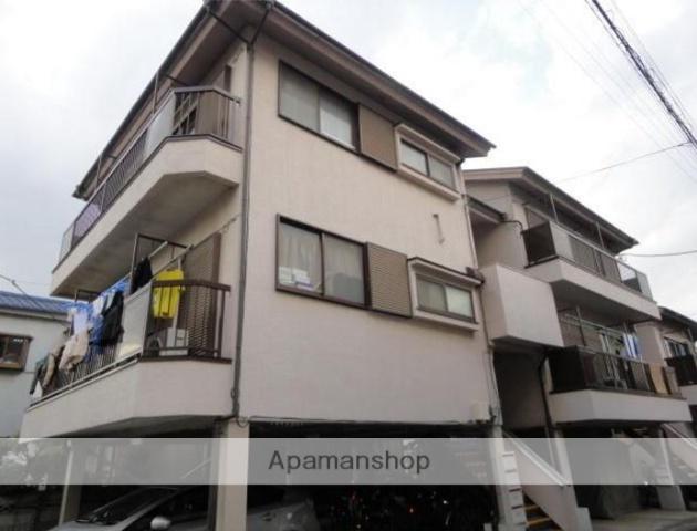 東京都江戸川区、新小岩駅徒歩20分の築32年 3階建の賃貸アパート