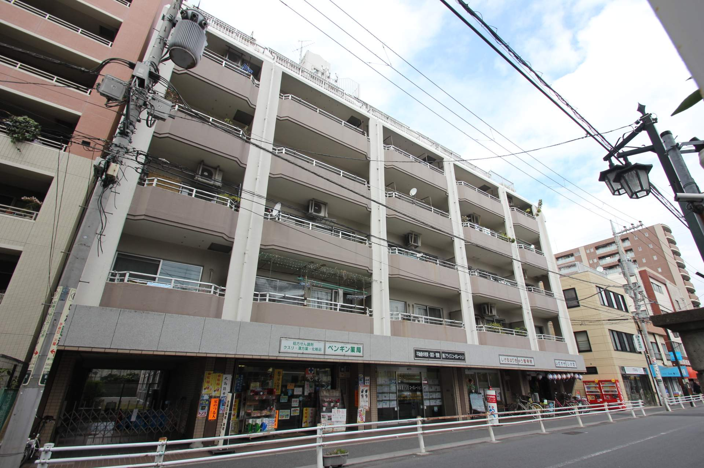 東京都葛飾区、平井駅徒歩32分の築32年 10階建の賃貸マンション