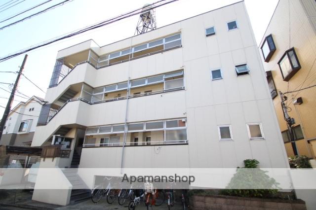 東京都葛飾区、新小岩駅徒歩20分の築32年 3階建の賃貸マンション