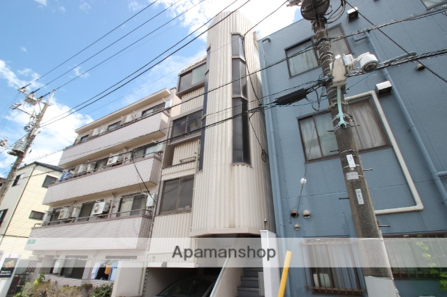 東京都葛飾区、新小岩駅徒歩8分の築30年 4階建の賃貸マンション