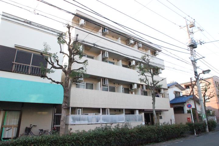 東京都葛飾区、平井駅徒歩29分の築28年 4階建の賃貸マンション