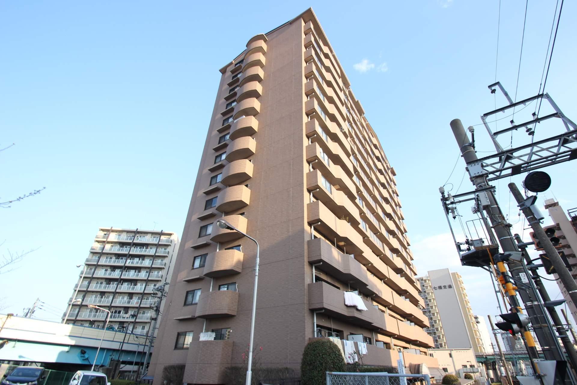 東京都江東区、亀戸駅徒歩13分の築18年 14階建の賃貸マンション