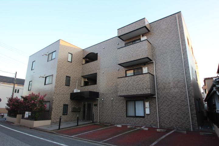 東京都江戸川区、新小岩駅徒歩28分の築20年 3階建の賃貸マンション