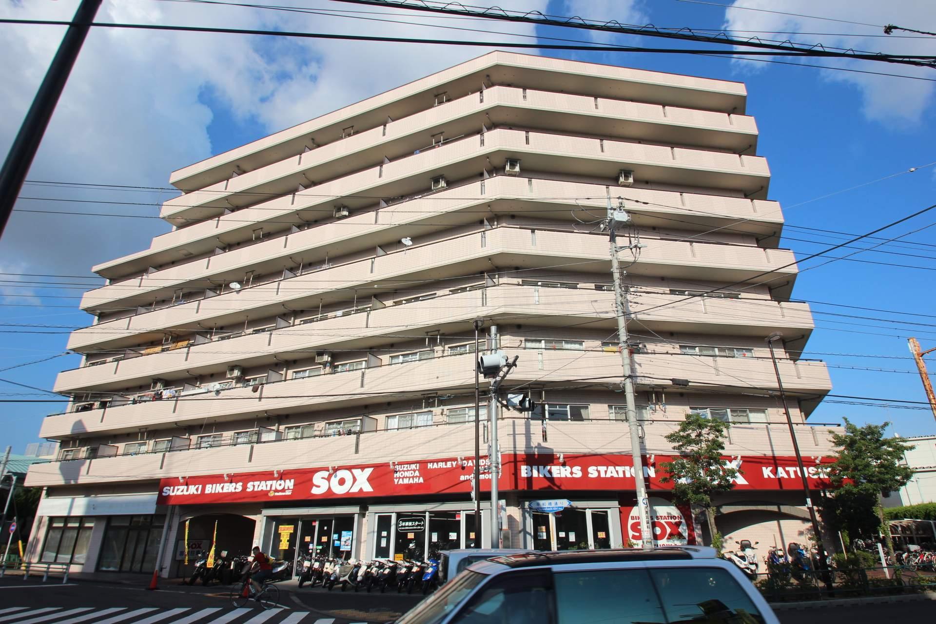 東京都葛飾区、新小岩駅徒歩24分の築26年 8階建の賃貸マンション