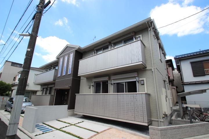 東京都葛飾区、新小岩駅徒歩8分の築2年 2階建の賃貸アパート