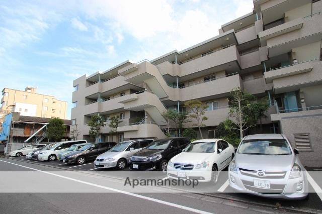 東京都江戸川区、新小岩駅徒歩11分の築23年 5階建の賃貸マンション